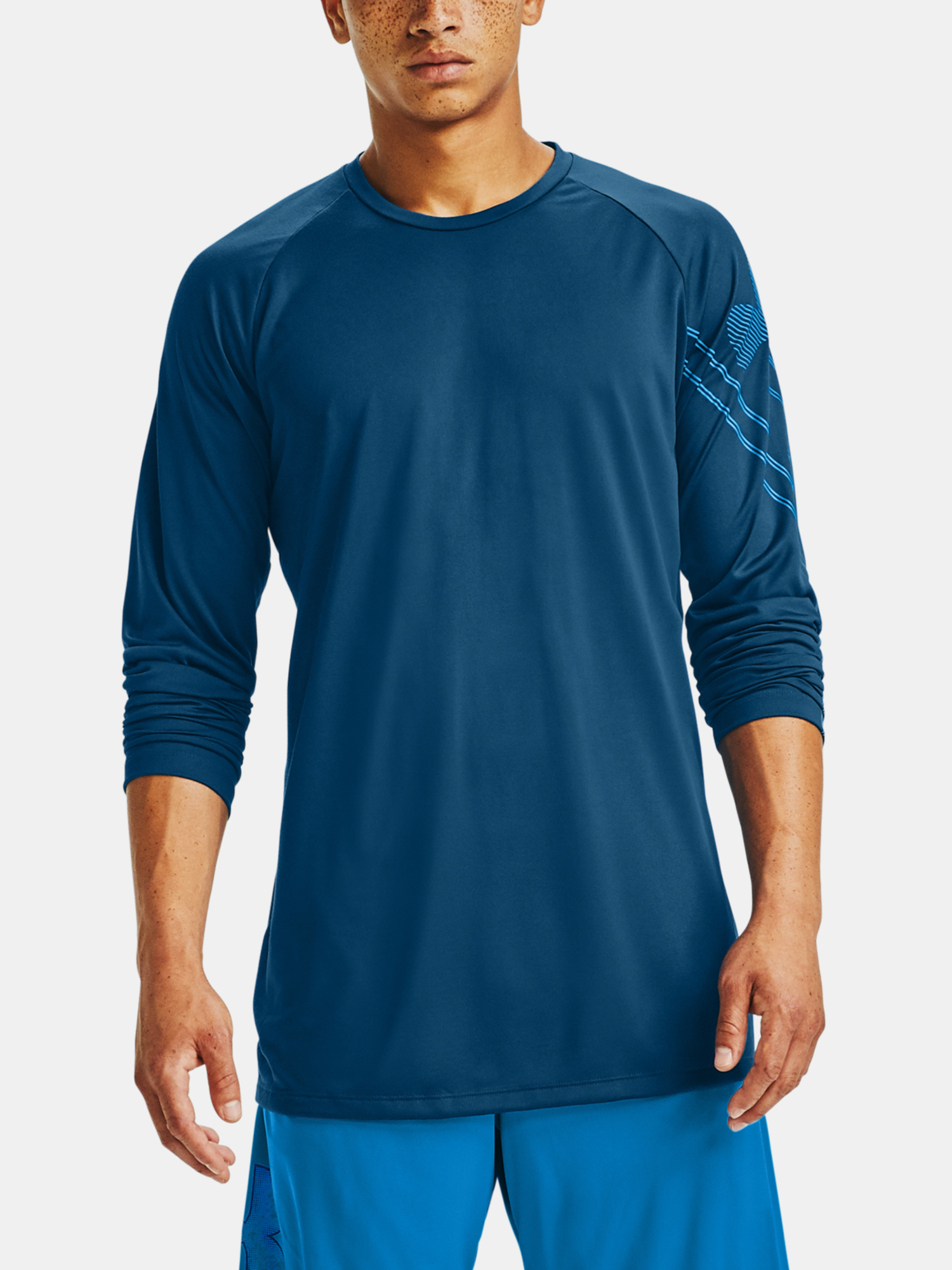Tričko Under Armour GRADIENT LOGO TECH LS-BLU (1)