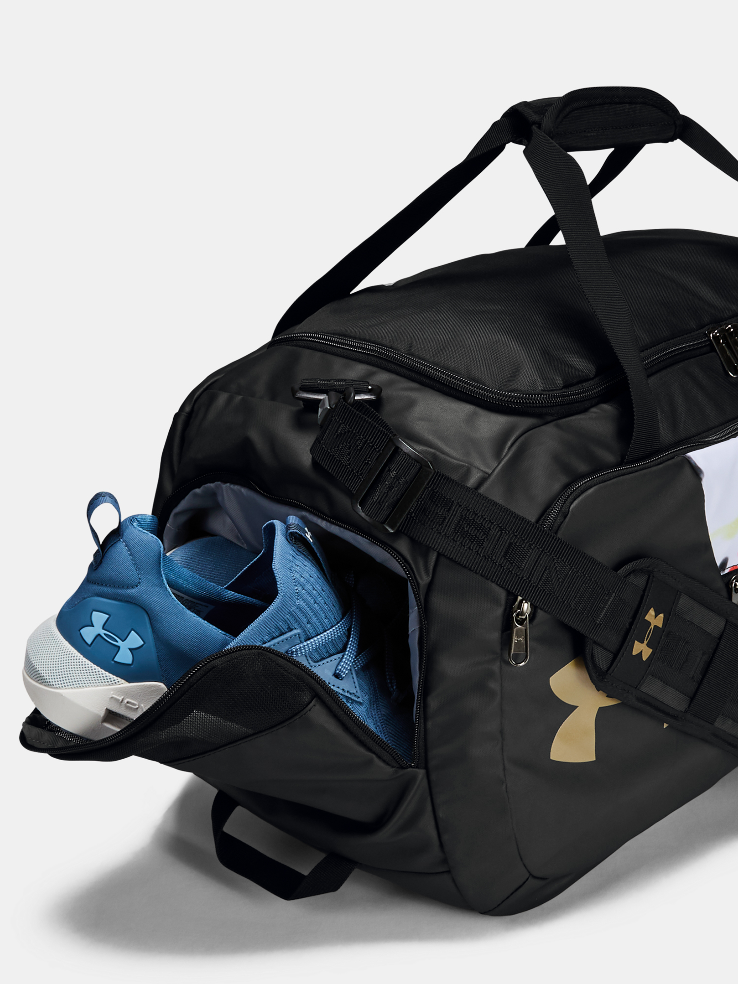 Taška Under Armour Kazoku Undeniable Duffel 4.0 MD (4)