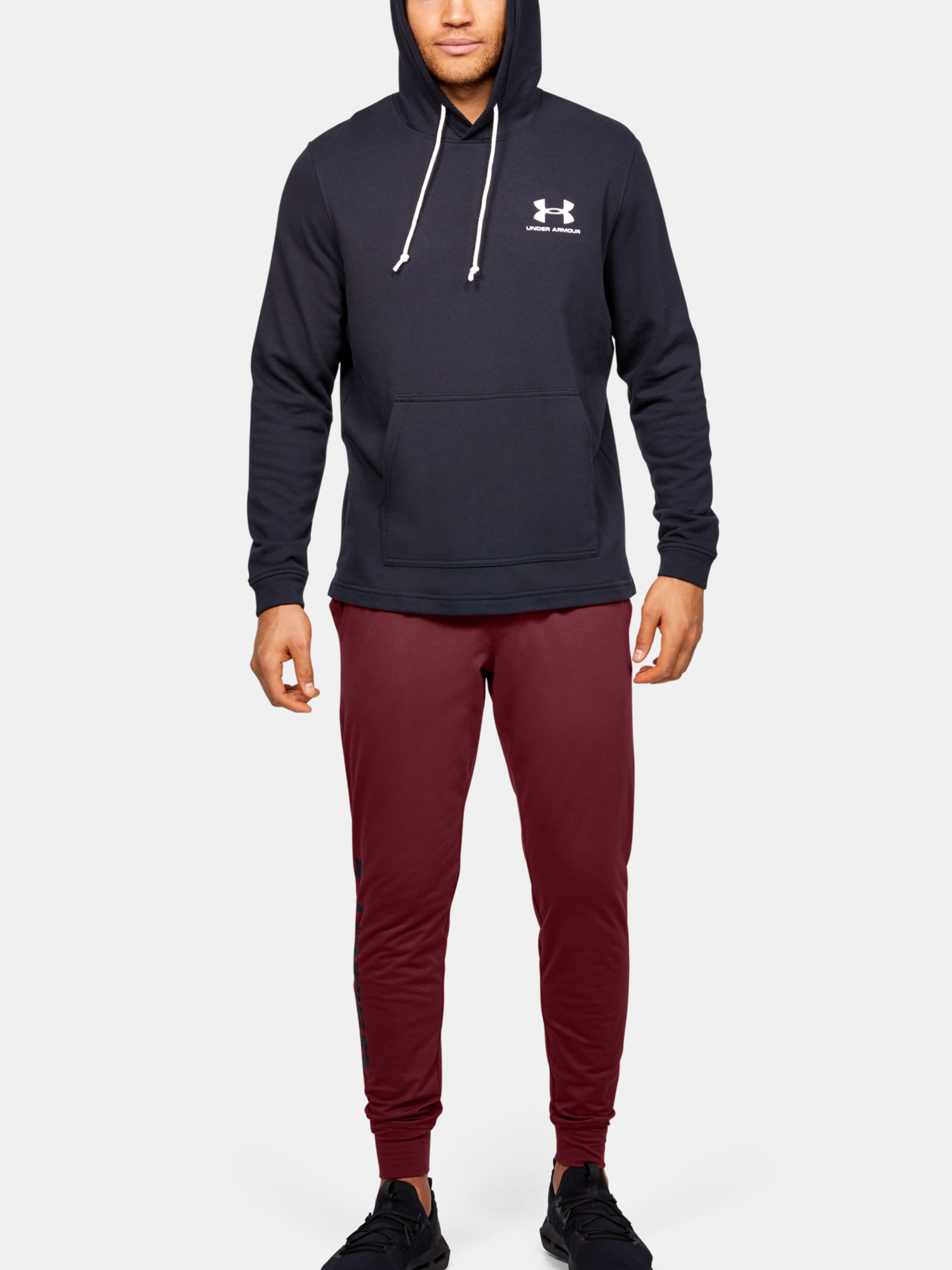 Tepláky Under Armour Sportstyle Cotton Graphic Jogger (4)