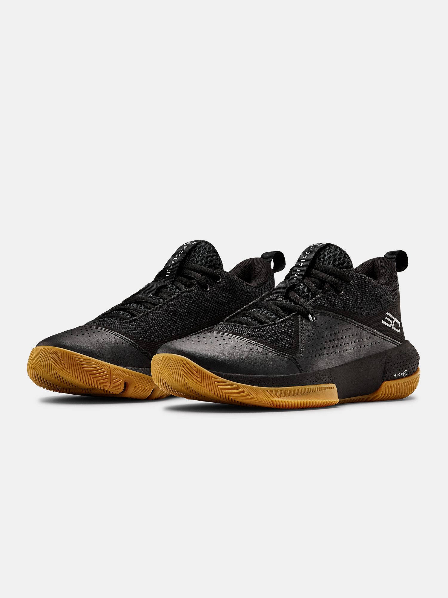 Boty Under Armour GS SC 3ZER0 IV-BLK (3)