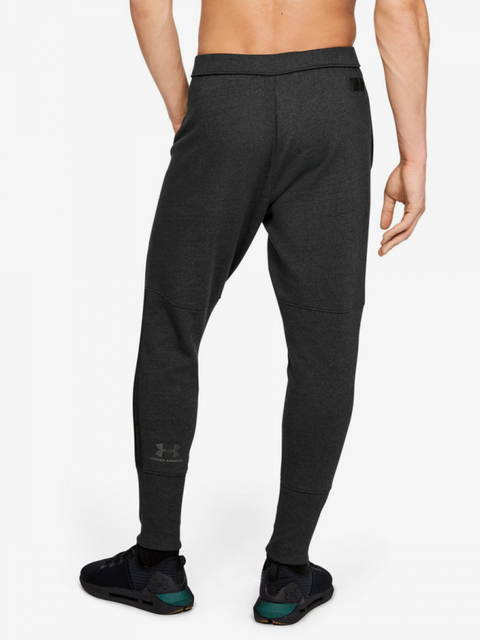 Tepláky Under Armour Accelerate Off-Pitch Pant-Blk