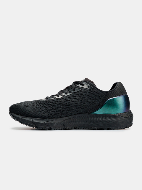 Boty Under Armour UA HOVR Sonic 3 OS-BLK