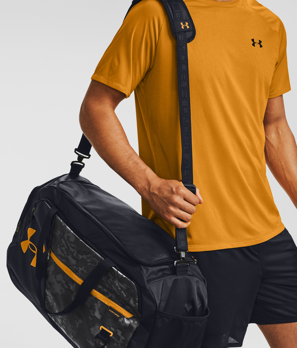 Taška Under Armour UA Undeniable 4.0 Duffle MD-BLK (7)