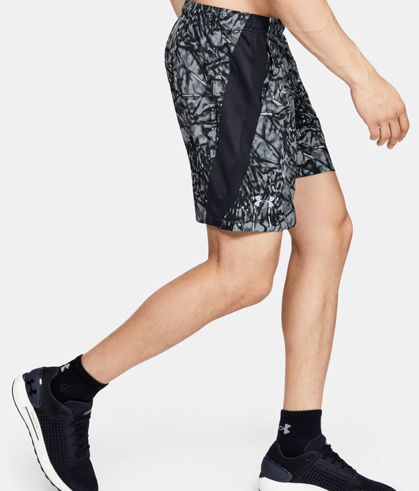 Kraťasy Under Armour LAUNCH SW 7'' PRINTED SHORT-BLK (3)